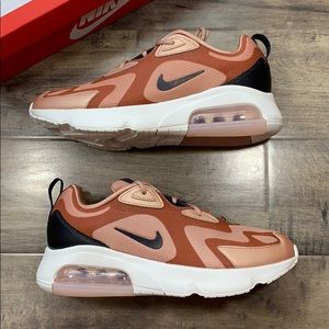 W AIR MAX 200 running shoes
